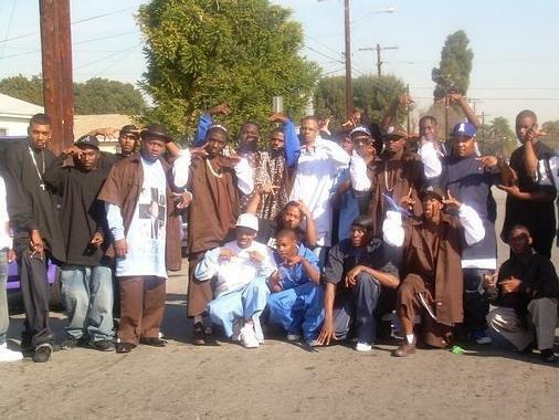 Compton gangs bloods spook town compton crips unitedgangs com